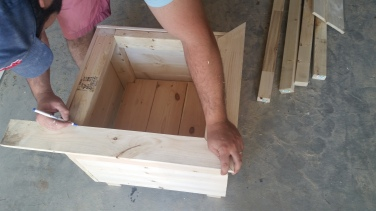 Tip: if you have space between frame corners, use wood filler to fill the gaps. Sand once dried.